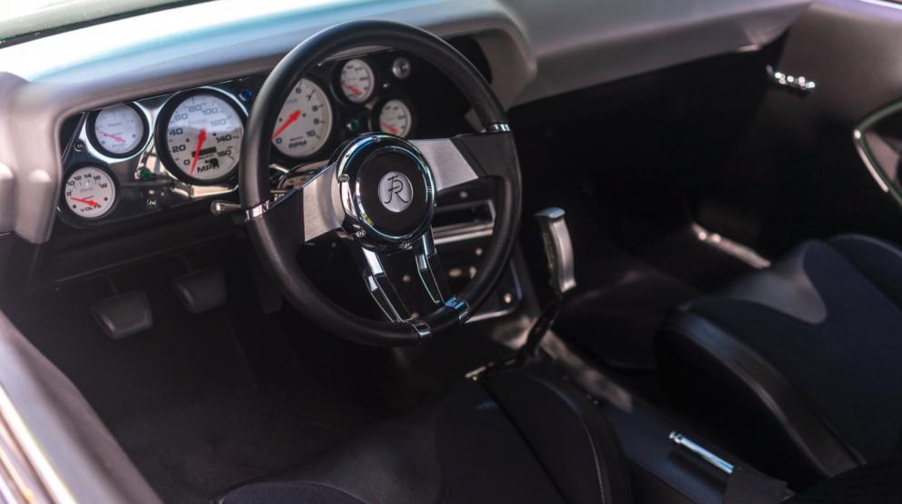 1970 Plymouth Barracuda interior