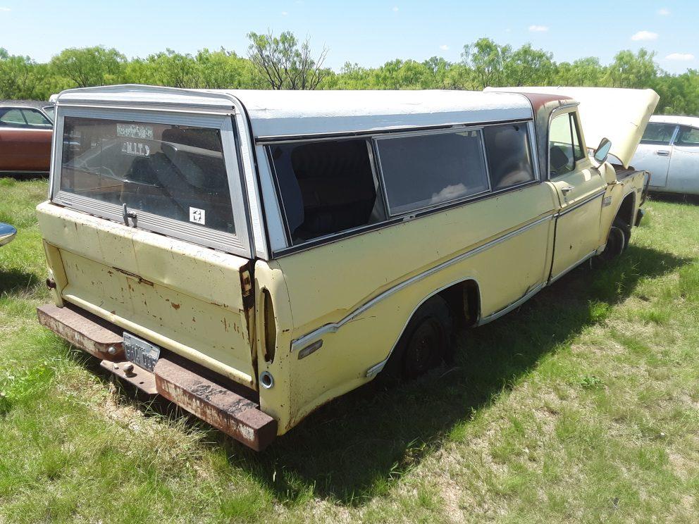 1970 Dodge D100 383 Pickup