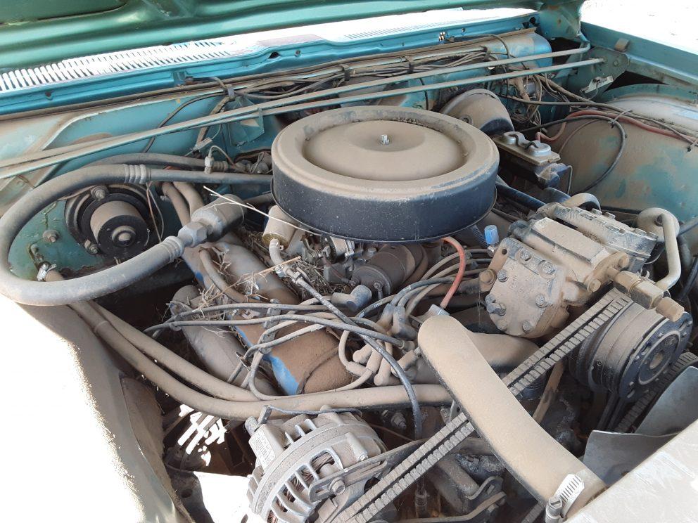 1967 Dodge Monaco Station Wagon engine