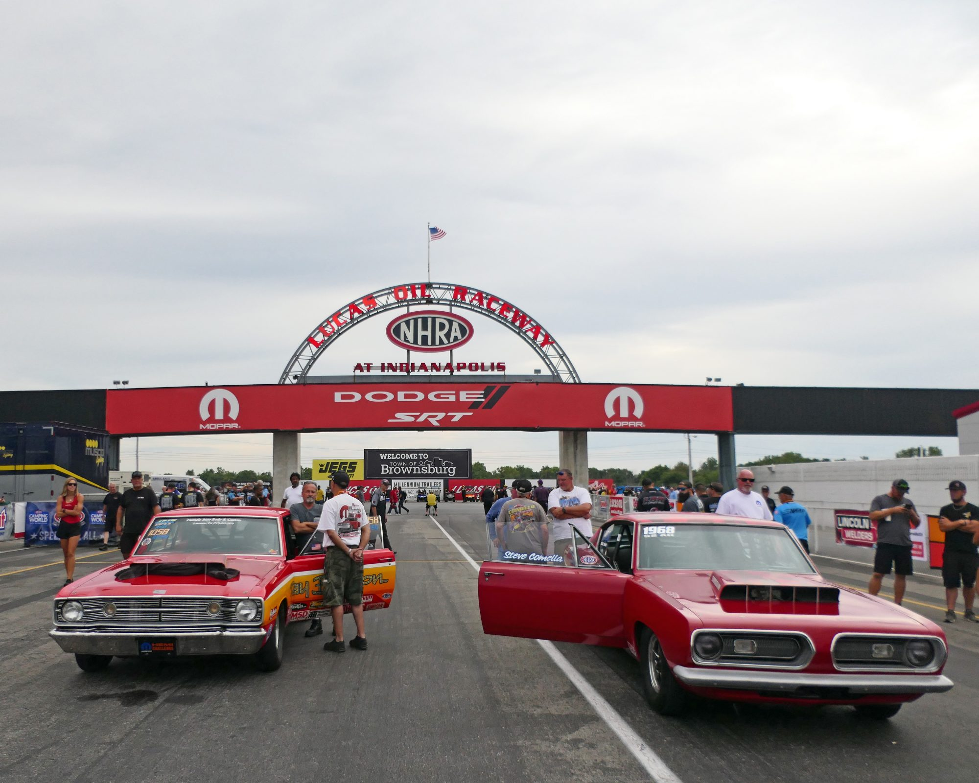 Cars waiting to drag race