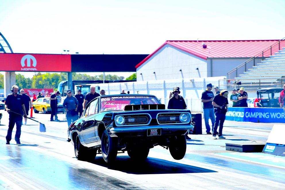 Vintage Mopar drag racing at NMCA