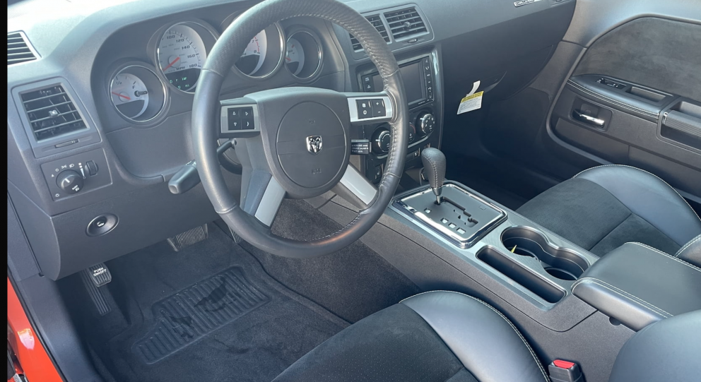 2008 Dodge Challenger SRT-8 Inaugural Edition interior