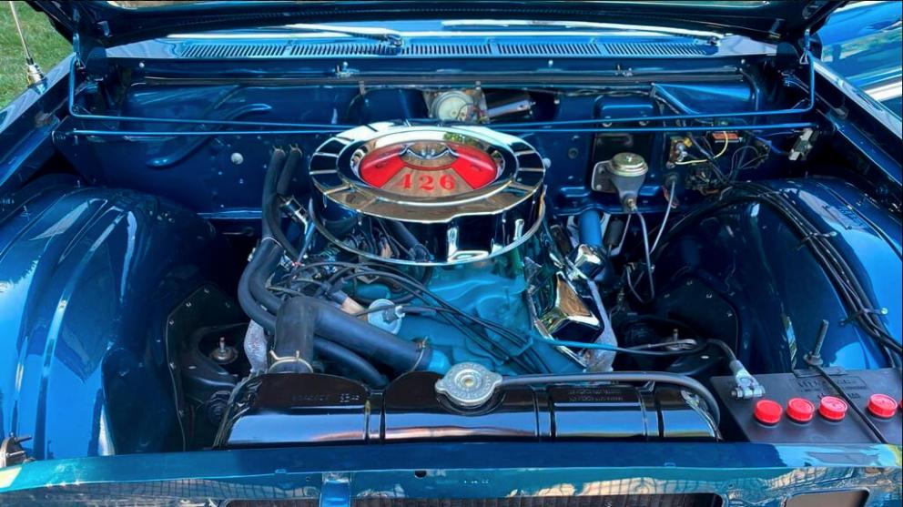 1965 Plymouth Fury III Convertible engine