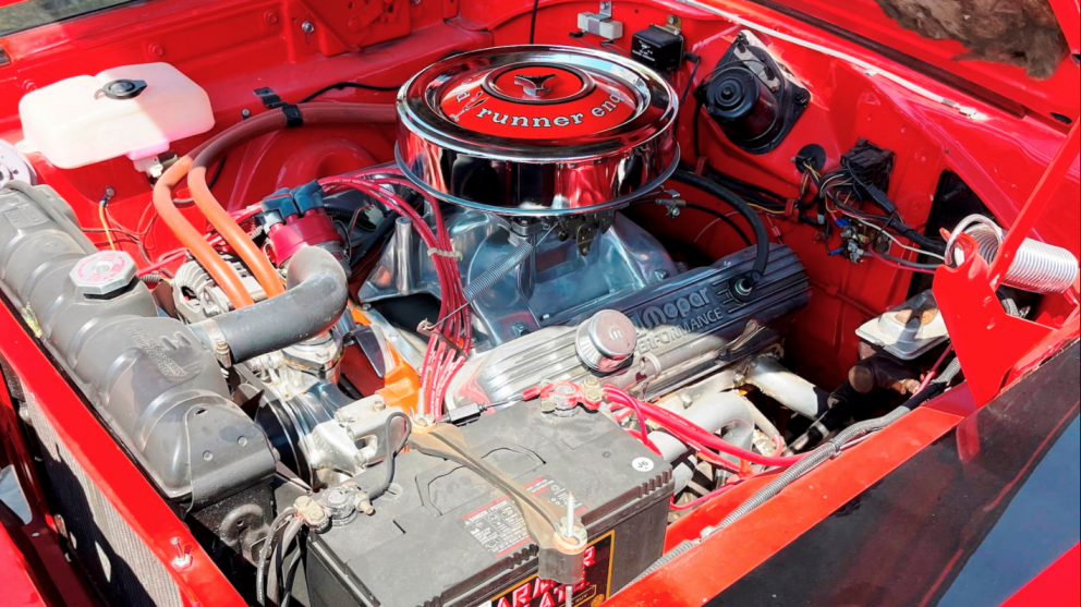1969 Plymouth Road Runner Coupe engine